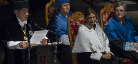 Ainhoa, Doctora Honoris Causa en Bellas Artes por la UIMP.
